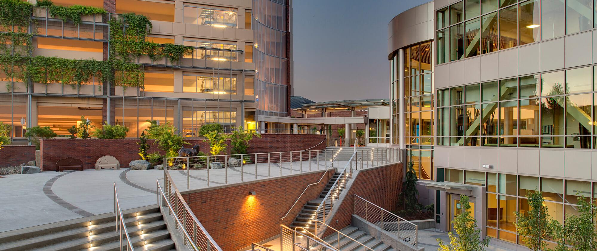Kaiser Westside Medical Center   General Contractor